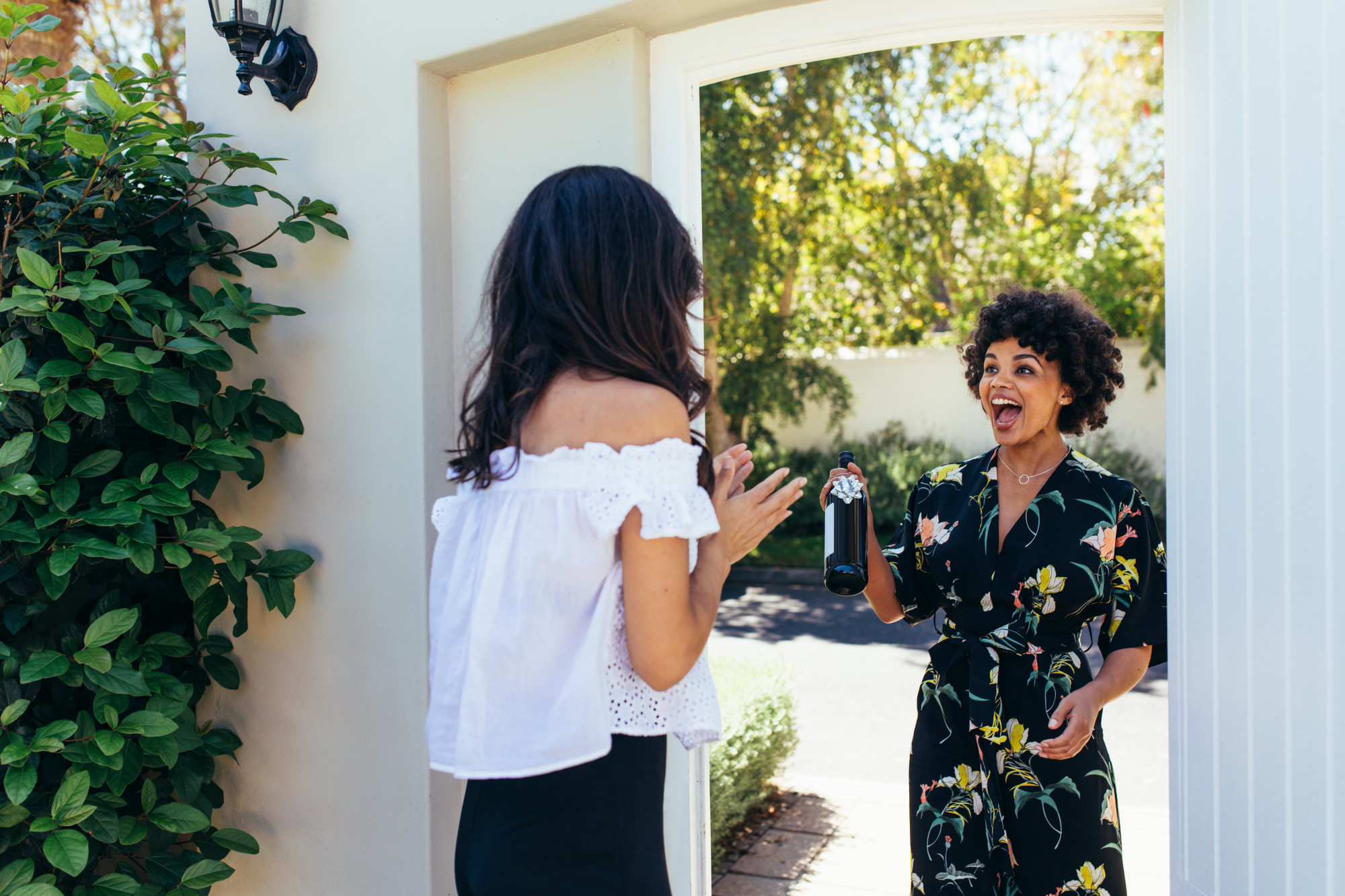 Be a Good Neighbor: 7 Unique Housewarming Gifts for a Warm Welcome